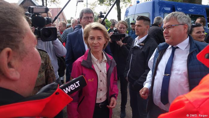Ursula von der Leyen meets with reporters