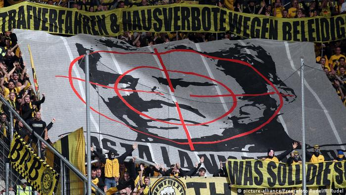 When Chants Become Crimes Borussia Dortmund Fans Fined For Defamatory Songs Sports German Football And Major International Sports News Dw 03 06 2019