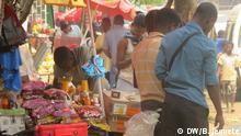 Mosambik Straßenhändler in Chimoio