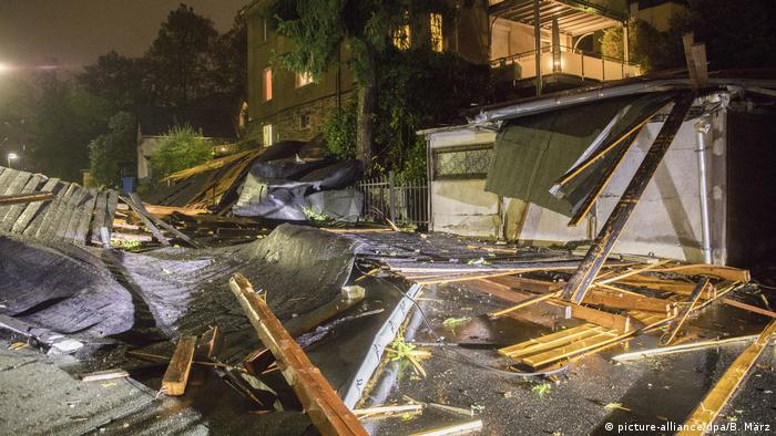 Deadly storm brings major disruption to Germany