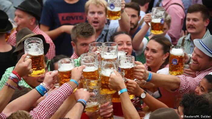 La Fiesta de la Cerveza de Múnich prevista este año del 19 de septiembre al 4 de octubre fue anulada a raíz de la pandemia del nuevo coronavirus, anunciaron el martes 21.04.2020 las autoridades locales.