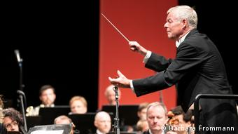 Conductor Michael Boder at work with ORF Radio-Symphonieorchestra