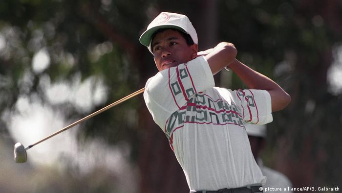 BG Sport Tiger Woods - 1992 als Jugendlicher (picture alliance/AP/B. Galbraith)