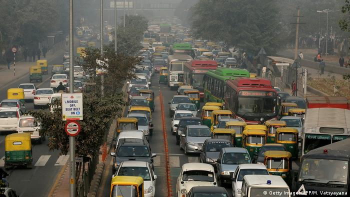 Cars stuck in traffic in New Delhi