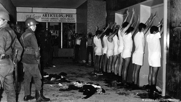 Mexiko Tlatelolco Massaker in 1968 (picture-alliance/AP/Proceso)