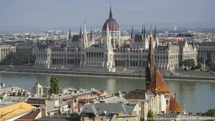Clădirea parlamentului maghiar din Budapesta