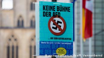 AfD and religion (picture-alliance/dpa/R. Vennenbernd)
