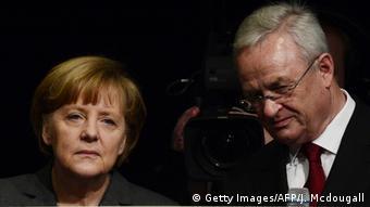 Ο πάλαι ποτέ ισχυρός άνδρας της VW μαζί με την γερμανίδα καγκελάριο το 2014.