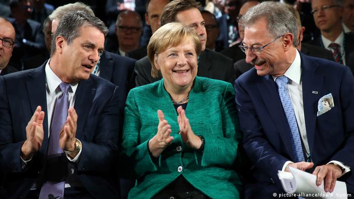 Tag der Deutschen Industrie - Roberto Azevedo, Angela Merkel und Dieter Kempf (picture-alliance/dpa/W. Kumm)