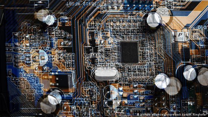 Computer hardware Cyberkrieg Symbolbild