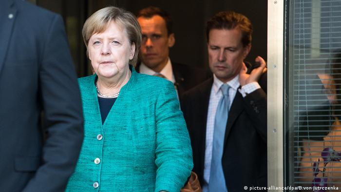 Unionsfraktion im Bundestag, Bundeskanzlerin Angela Merkel (CDU) (picture-alliance/dpa/B.von Jutrczenka)