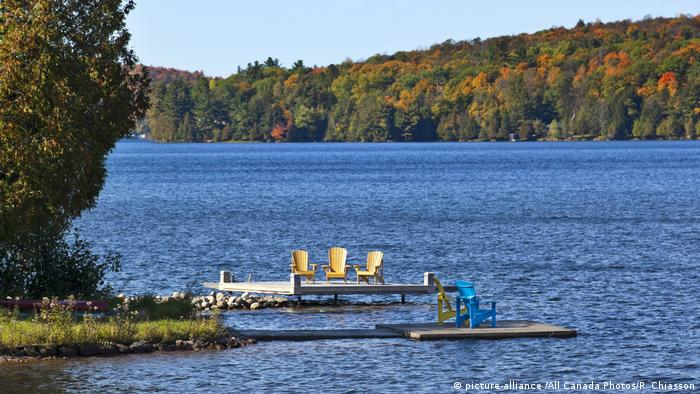 Kanada Meech Lake in Gatineau Park Quebec (picture-alliance /All Canada Photos/R. Chiasson)