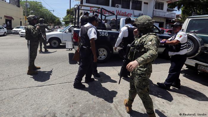 Mexiko Acapulco Militär übernimmt lokale Polizei