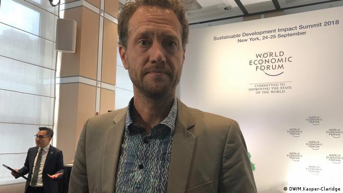 Бас ван Абель вважає, що майбутнє - за еко-смартфонами
