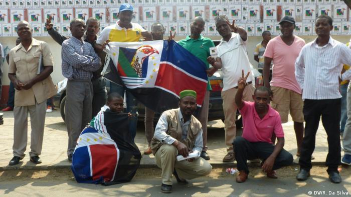 Renamo Sympathisanten in der Kampagne