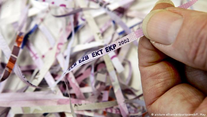 Usitnjene u rezance novčanice eura