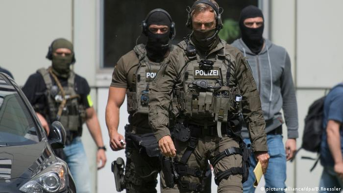 German police outside a court in Frankfurt