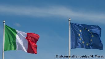 Σημαίες Ιταλίας και ΕΕ