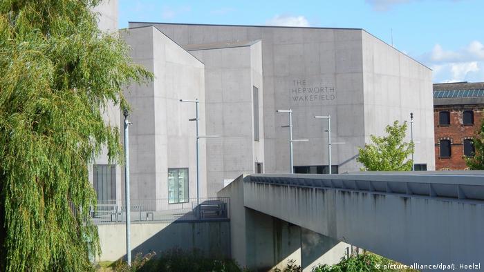 Hepworth Museum in Wakefield (picture-alliance/dpa/J. Hoelzl)