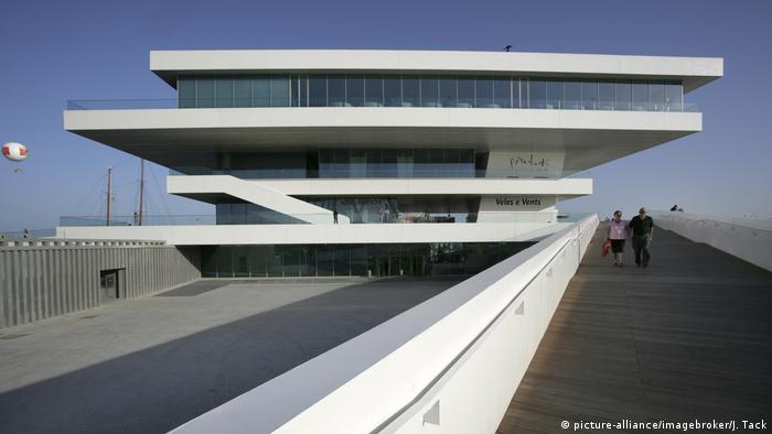 David Chipperfield's 'Veles e Vents' in Valencia (picture-alliance/imagebroker/J. Tack)