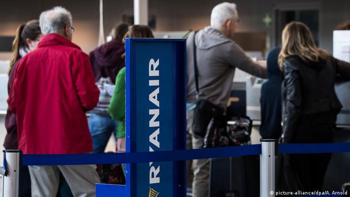 Ryanair passengers, Frankfurt, Germany