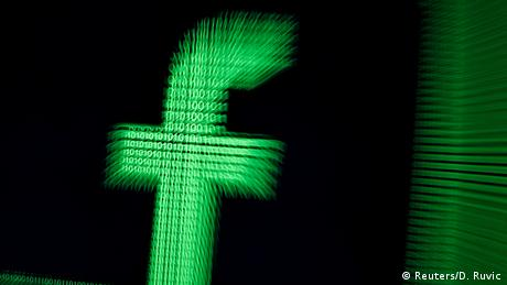 Facebook logo (Reuters/D. Ruvic)
