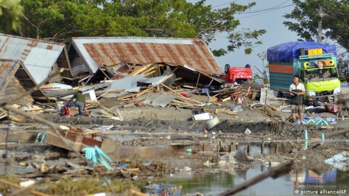 Indonesien Nach dem Erdbeben und dem Tsunami in Palu, Central Sulawesi (picture alliance/AP)