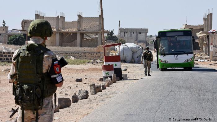 Syrien Russischer Soldat in der Provinz Idlib (Getty Images/AFP/G. Ourfalin)