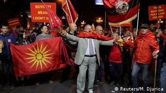 Makedonya'da muhalefet isim değişikliğine karşı