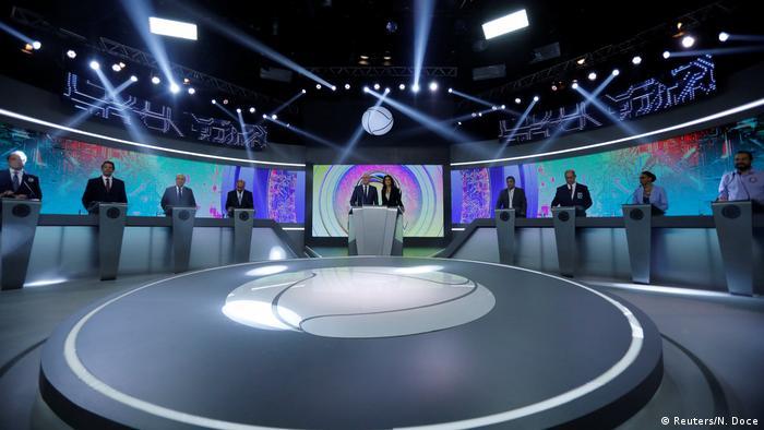 O debate entre os presidenciáveis na Record, penúltimo antes do primeiro turno