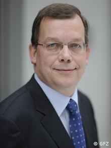 Dr. Jörn Lauterjung   Geoforschungsinstituts Potsdam