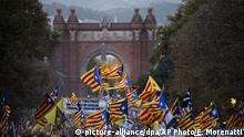 Pro independence demonstrators holding independence flags and ballot boxes used during the referendum, march during a protest in Barcelona, Spain, on Monday, Oct. 1, 2018. Pro-secession activists in Spain's Catalonia region turned out in large numbers Monday to mark the first anniversary of their thwarted independence referendum. (AP Photo/Emilio Morenatti) |