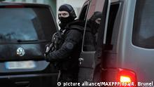 *** PHOTOS EXCLUSIVES *** ©PHOTOPQR/LA MONTAGNE/Richard BRUNEL ; Operation Antiterrosriste, intervention du Raid, Quartier Fontaine du Bac Clermont le 21/02/2017 Photo R Brunel Clermont Ferrand, France, feb 21st 2017 The men were arrested in the central city of Clermont-Ferrand. Counter-terror police arrested three men in three separate raids around France on Tuesday, in what appears to be the latest in a growing list of foiled terror plots. *** SALES ONLY ***  