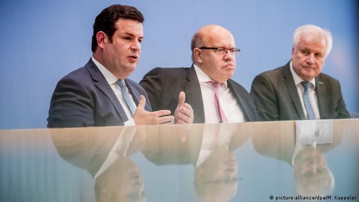 Pressekonferenz Zuwanderung Deutschland Seehofer Altmaier Heil