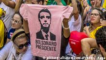 September 30, 2018 - SãO Paulo, São Paulo, Brazil - SAO PAULO SP, SP 30/09/2018 BRAZIL-ELECTION-CANDIDATE-BOLSONARO-SUPPORTERS: View of a demonstration in support of Brazilian right-wing presidential candidate Jair Bolsonaro at Paulista Avenue, in Sao Paulo, Brazil on September 30, 2018. - As detractors organized marches across Brazil against the 63-year-old former army captain who has been branded racist, misogynist and homophobic, under the hashtag #EleNao (Not Him), his supporters also take to the streets and laud his tough stance on tackling Brazil's rising crime rate and his pledge to protect traditional family values |