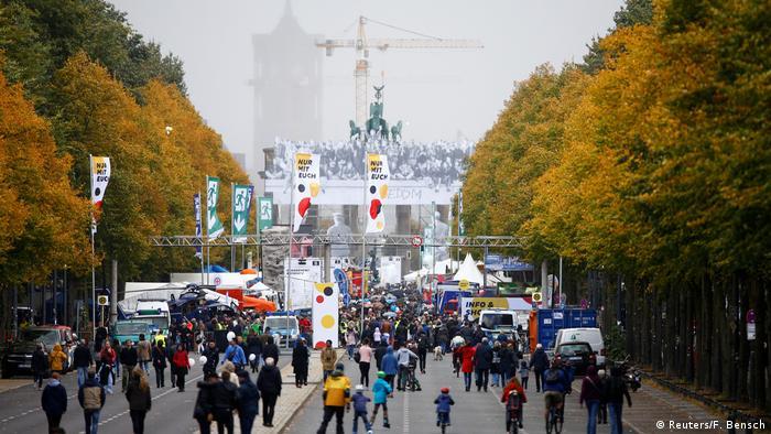 جشن روز وحدت آلمان، چهارشنبه سوم اکتبر ۲۰۱۸ در دروازه براندنبورگ برلین