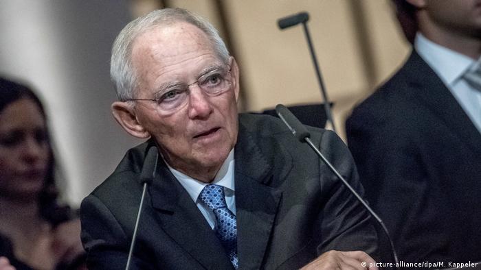 Deutschland   Tag der Deutschen Einheit   Festakt Staatsoper - Wolfgang Schäuble (picture-alliance/dpa/M. Kappeler)