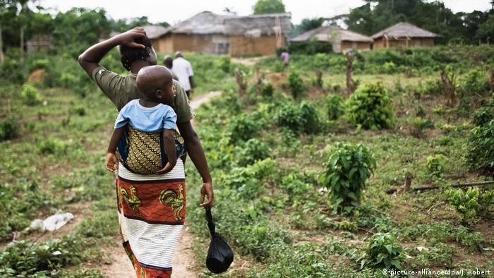 Flüchtlinge Elfenbeinküste (picture-alliance/dpa/J. Robert)