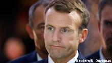 Frankreich Präsident Emmanuel Macron bei Paris auto show