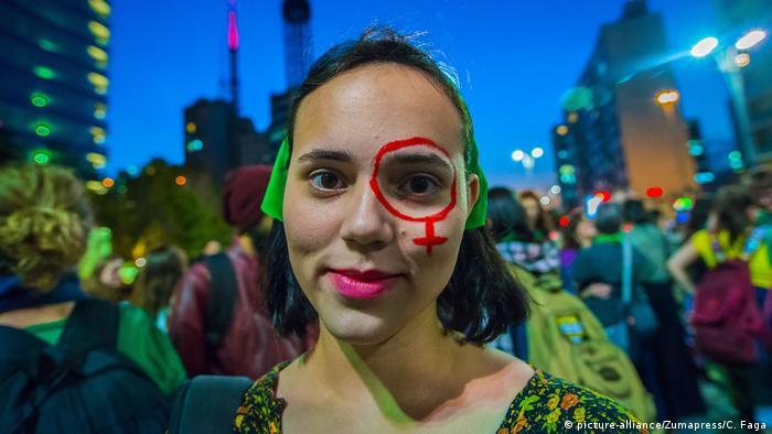 Brasilien Sao Paulo - Proteste zum Thema Abtreibung (picture-alliance/Zumapress/C. Faga)