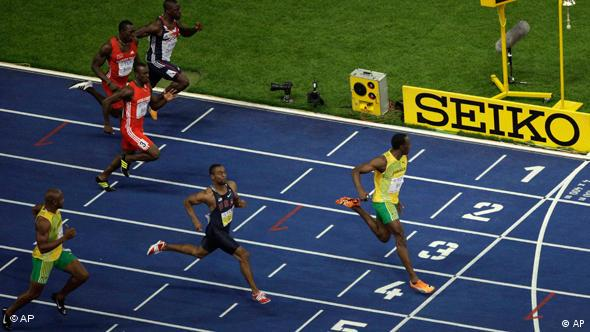 Das Finish des 100-Meter-Sprints (AP)