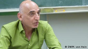Deutschland, Bonn: Islamkundelehrer Aziz Fooladvand