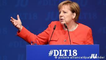 Kiel Deutschlandtag der Jungen Union | Angela Merkel (picture-alliance/dpa/C. Rehder)