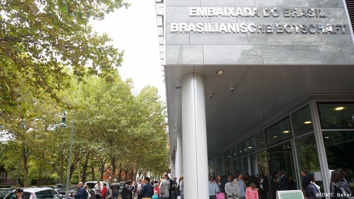 Em Berlim, brasileiros votaram na Embaixada do Brasil