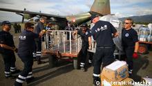 Indonesien Hilfsorganisation ISAR-Germany am Flughafen in Palu