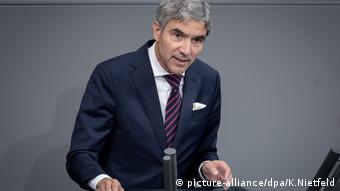 Harbarth at podium in the Bundestag