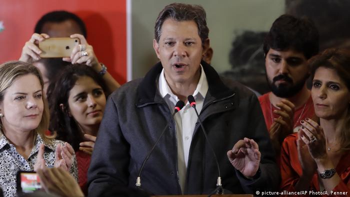 "Haddad fala em ""unir os democratas do Brasil"""