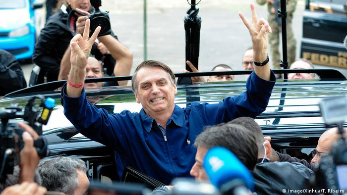 Brasilien Wahl 2018 | Stimmabgabe Jair Bolsonaro (imago/Xinhua/T. Ribeiro)