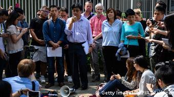Hongkongs Journalistgruppe protestiert gegen die Verweigerung des Visums von FT-Redakteuren