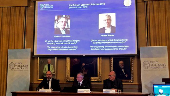 Нобелівську премію з економіки отримають Вільям Нордхаус і Пол Ромер, оголосили в Королівській академії наук Швеції